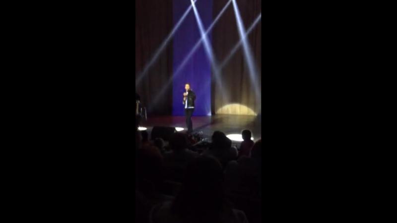 Євген Литвин 7.03.17 Відео з залу погляд глядача Сольний концерт.