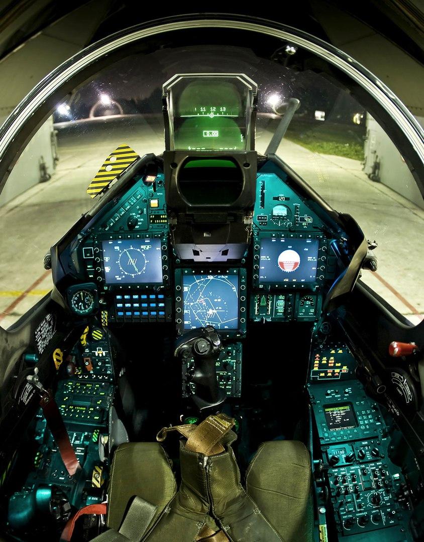 Nyugati légierők - Page 2 6wI9d9spM7c
