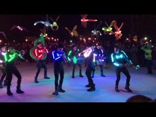 Desfile de la luz Solsticio de Invierno Madrid Rio 2016 -  CiaMajareta - Iluminatic Marching Band 4K