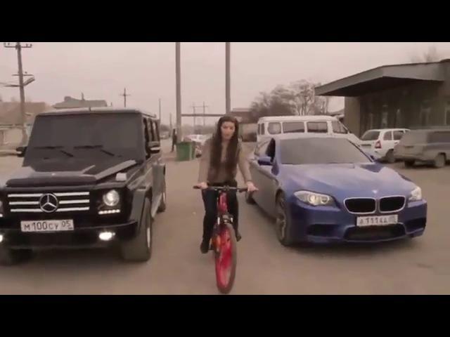 Кавказцы и девушка на велосипеде. Смешные видео на YouTube № 15. Beste lustige Videos