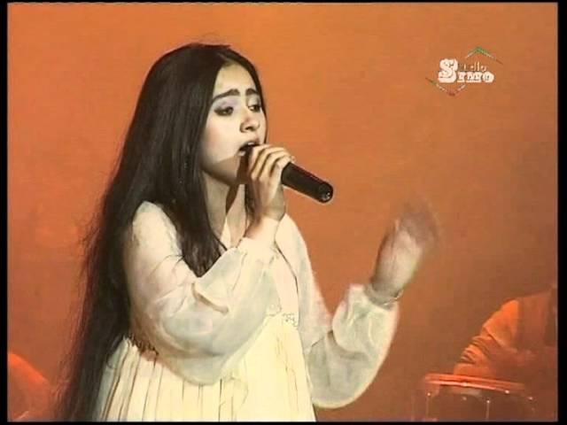 Noziya Karomatullo 2011 Hindi نازیه: آهنگ هندی