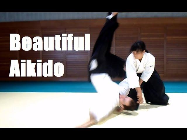 Сильная и красивая Хироми Мацуока - 4 дан Айкидо. Босоногий самурай. Афиша бесплатных тренировок по айкидо naked_samurai