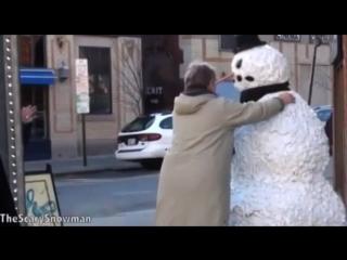 страшный но и смешной снеговик