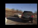 Lexus Lx 470 таранит жигуля. Автоприкол. Чечня, Казахи. Разборки на дорогах