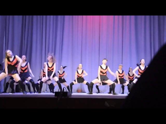 Пчёлки и Винни пух. Танец студии Kredo г. Оренбург