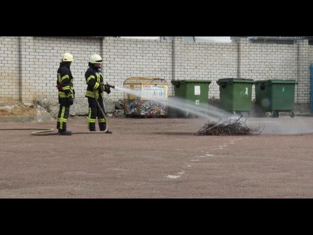 Житомирські рятувальники навчали дітей, як поводитись у надзвичайних ситуаціях