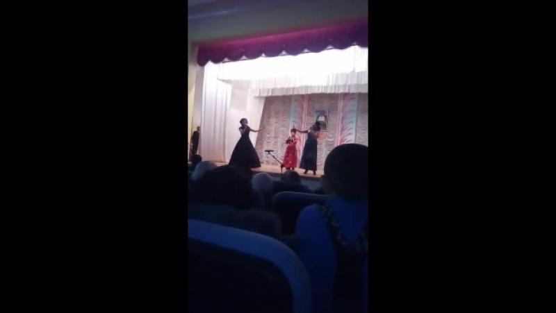 трио сестры Сагаевы
