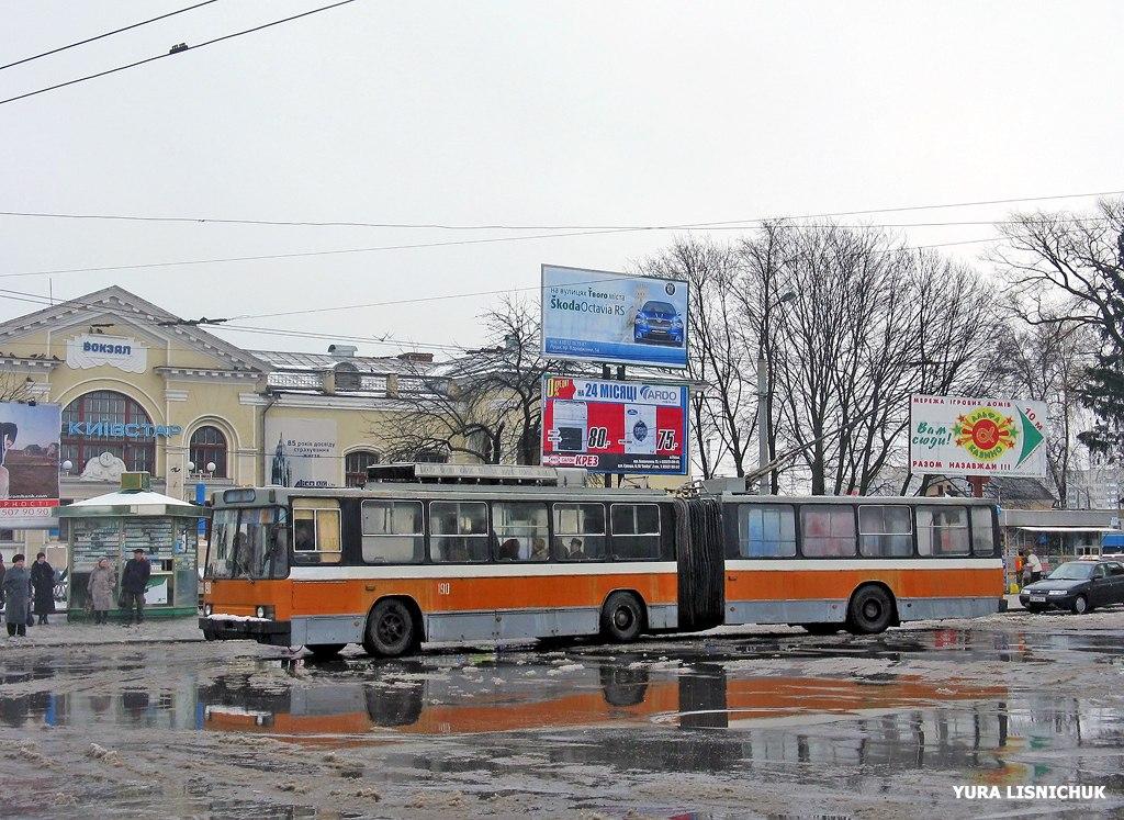 CzD9mZiWE60.jpg