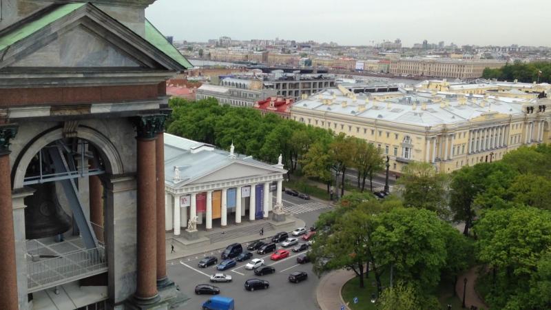 Вид с Колоннады Исаакиевского Собора🏛 на Английскую набережную 2