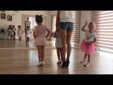 Маргарита Марсо поделилась видео с первого занятия Беллы по танцам