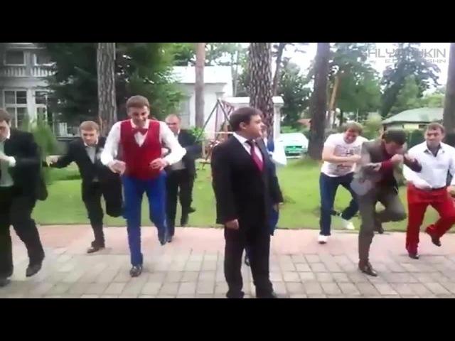 Леонид Минаев - Арбатские дворы / Leonid Minaev - yards of the Arbat · coub, коуб