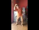 супер танец от старика.