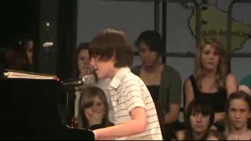 12 летний мальчик перепел Леди Гагу )