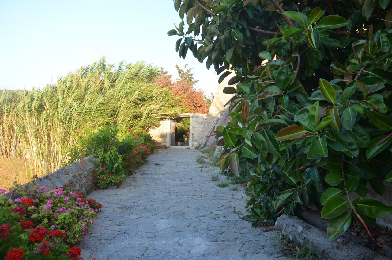 58EkMbUFkQ4 Монастырь Топлу на острове Крит (Греция).