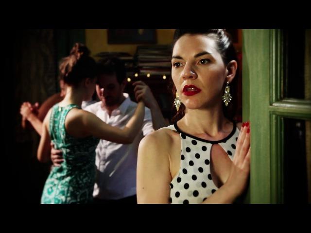 Orquesta Romantica Milonguera Todo es Amor canta Roberto Minondi