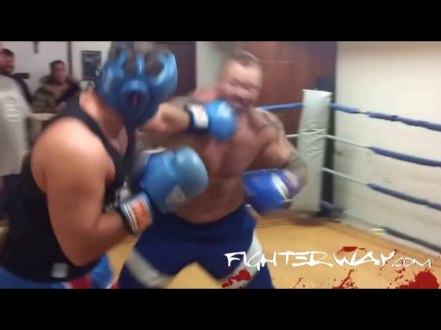 Hafþór The Mountain Björnsson in boxing sparring
