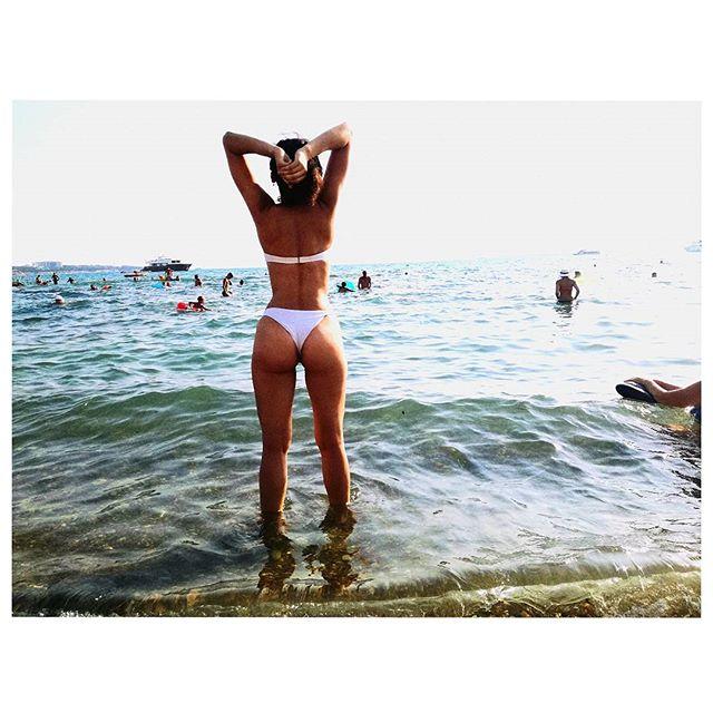 Марина синотова бикини