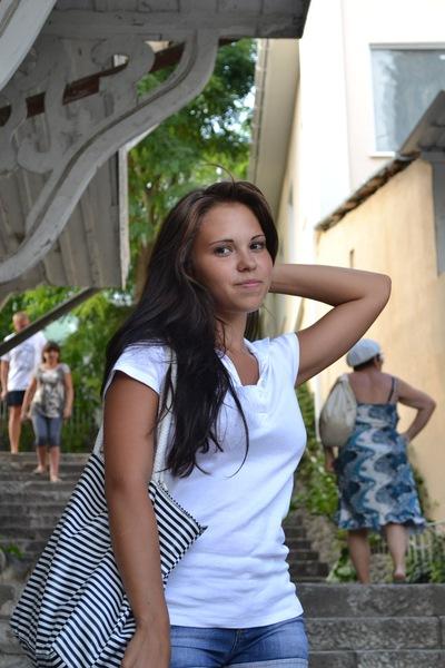 Анастасия Сизонова
