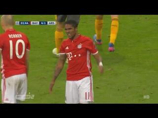 Бавария - Арсенал. Удар Косты