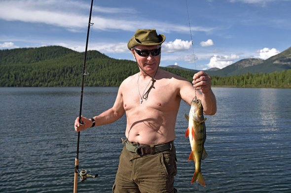 By8wtb_SjQo Владимир Путин на отдыхе в Хакасии