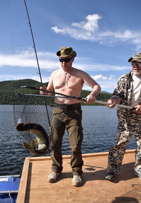 --WW6SHFDqE Владимир Путин на отдыхе в Хакасии