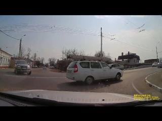 Грубое нарушение ПДД Ленина - Урицкого 14.03.17