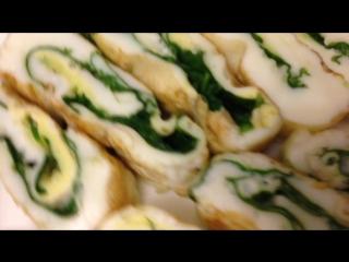 Рулет из яичных белков и шпината