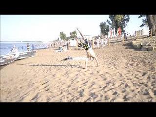 Тренировки на берегу камы акробатика Капоэйра Нижнекамск Коля и Винер : )