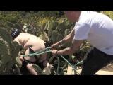 Как толстяк сквозь кактусы катался  Epic Cactus Jump GONE WRONG feat. Zach Holmes - Steve-O