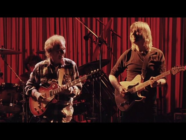Lee Ritenour Mike Stern with The Freeway Band - Blue Note Tokyo 2011