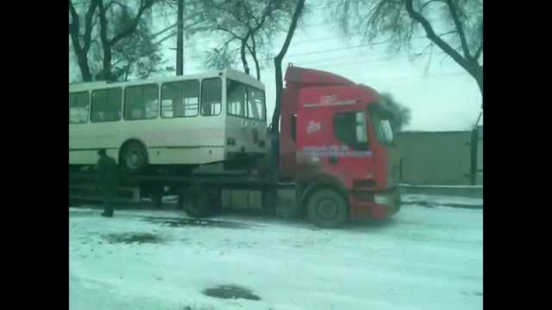 Выгрузка троллейбуса Запорожье (2016)