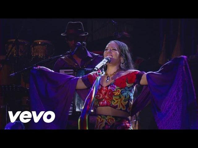 Lila Downs - Cucurrucucu Paloma (En Vivo)