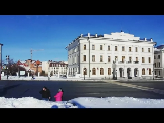 Памятник Мусе Джалилю возле Спасской башни Казанского кремля.