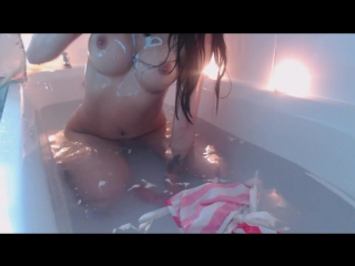 Мissrеinаt - flower bath and cum (sex, amateur, teen, webcam, masturbation, dildo, fap)(natural girls porno)