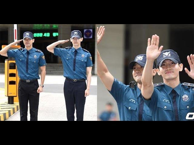Changmin và Siwon cười như được mùa khi được cả ngàn fan đón về hoàng cung 😍😍😚 Tin Sao Hàn