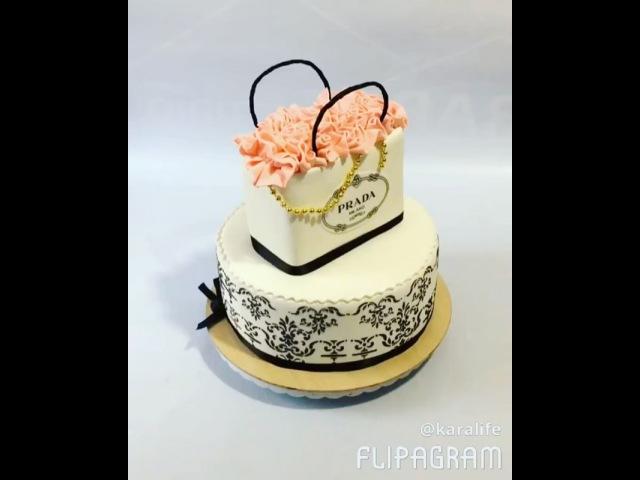 Элегантный торт для модницы Начинка: потеряла визитку Вес 5,6 кг karalife тортмоднице стильныйторт модныйторт тортпрада прада тортмодница тортдевушке тортжене тортна16 16лет красивыйторт