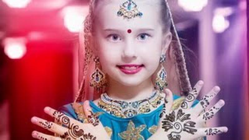 Амалия танцует индийские танцы - 7 лет Amalia and her Indian dance - 7 years