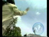 Альберт Игнатенко демонстрирует разгон облаков