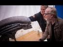 Adam Savage Meets Alien Covenants Xenomorph Animatronic!