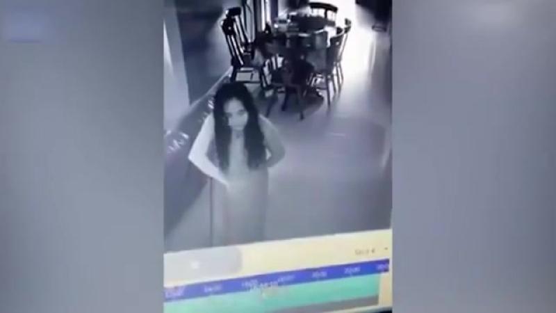 YOUTUBE Видео превращает домработниц в зомби. Шокировало сеть.