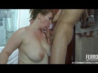 A young russian boy and mature russian woman [creampie, mature, milf, anal, russian, hd]