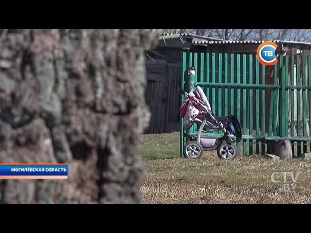 Пострадавшей от избиения сожителя матери 4-летней девочке