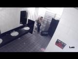 Страшный пранк в туалете