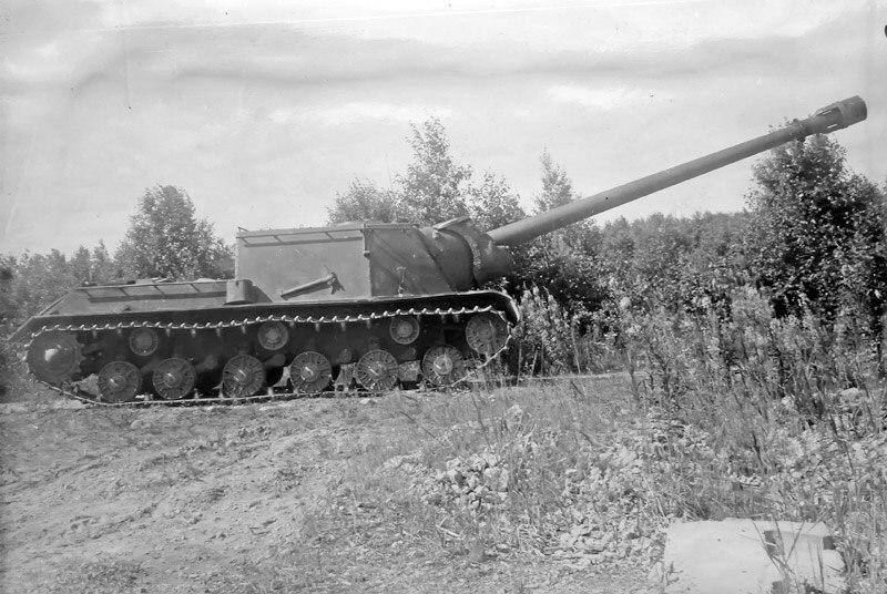 ИСУ-152-1 с пушкой БЛ-8.