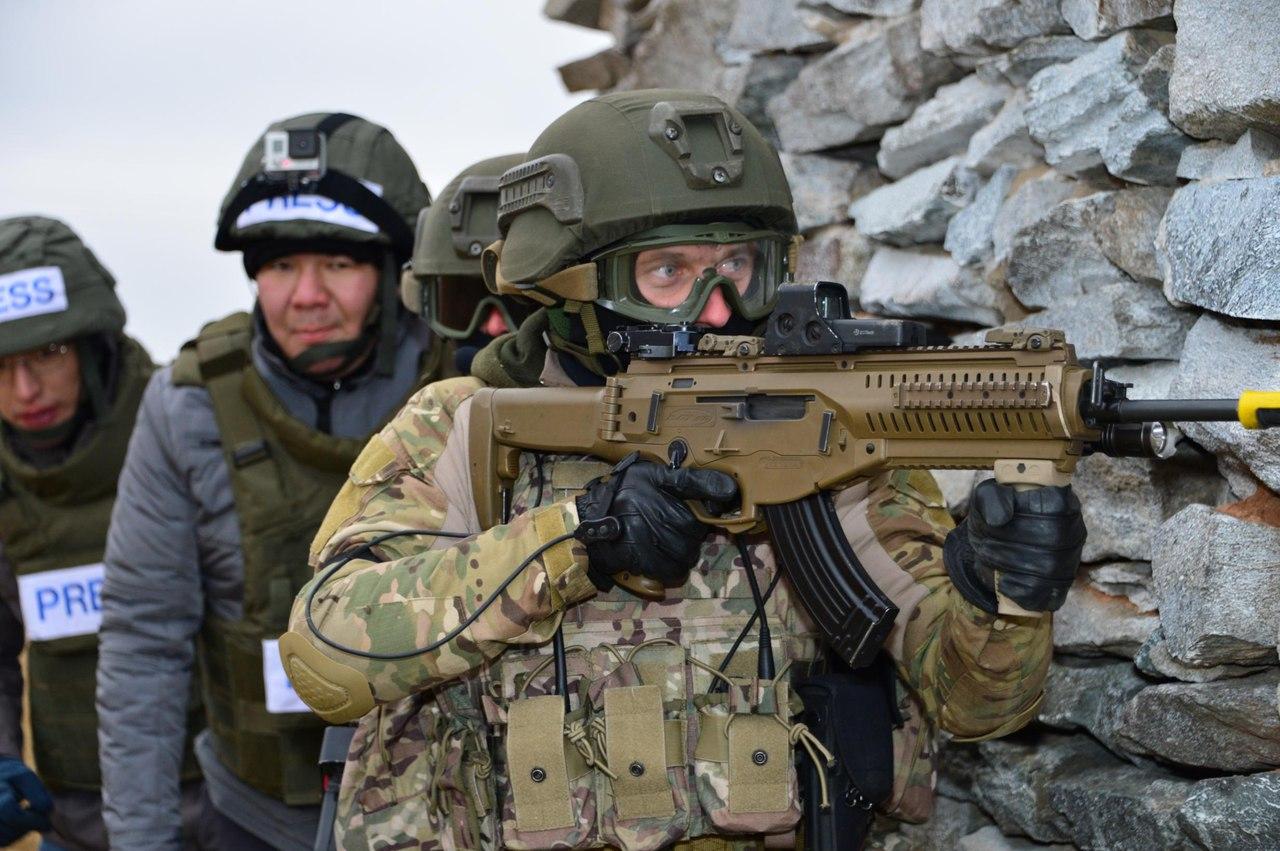 Kazakhstan Armed Forces SNEc4VTKJvo
