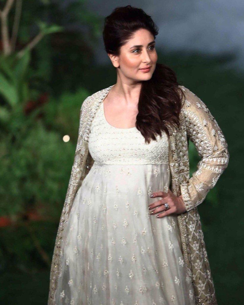 БЕБО - Карина Капур / Kareena Kapoor - Страница 16 TfXEgkF8kyk