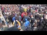 Россия. 26.03.17 Драка и Массовое задержание на Митинге Он нам не Димон Владивосток