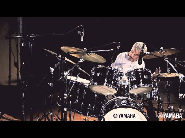 Steve Gadd performance video with the NEW Yamaha Recording Custom (HD)