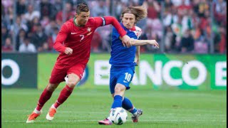 Cristiano Ronaldo Humiliating dribbling World XI