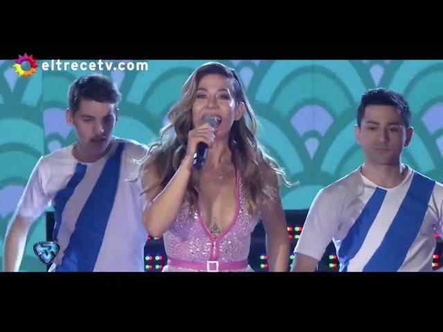 ¿Palito para Daniel Osvaldo? Jimena Barón cantó La Tonta en Showmatch